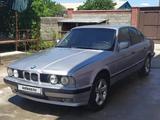 BMW 520 1991 года за 800 000 тг. в Тараз