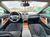 Toyota Camry 2011 года за 6 500 000 тг. в Семей – фото 5