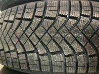 235-65-17 Pirelli Ice Zero Friction за 43 000 тг. в Алматы