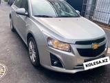 Chevrolet Cruze 2013 года за 3 850 000 тг. в Алматы – фото 4