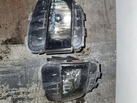 Противотуманники туманки туманники на gs300 gs350 s190 за 35 000 тг. в Алматы