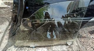 Стекло двери оригинал camry 50 Камри за 15 000 тг. в Алматы