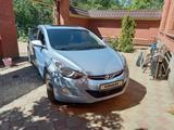 Hyundai Elantra 2013 года за 4 999 000 тг. в Уральск – фото 2
