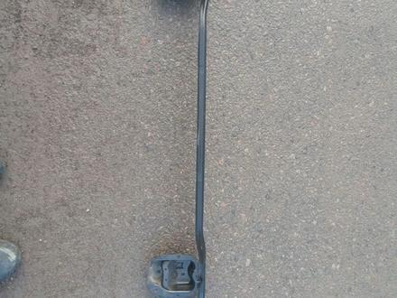 Усилитель бампера на субару форестер сф5 за 15 000 тг. в Алматы