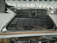 Бампер Lexus es200 за 1 500 тг. в Алматы