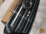 Решетка радиатора на LC 200 (2015 — 2021 г/в) за 185 000 тг. в Алматы – фото 4
