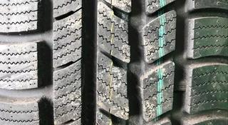 Комплект 205/50 r17. Roadstone за 80 000 тг. в Караганда