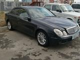 Mercedes-Benz E 240 2002 года за 2 800 000 тг. в Усть-Каменогорск – фото 3