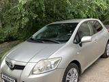 Toyota Auris 2007 года за 3 550 000 тг. в Усть-Каменогорск – фото 2