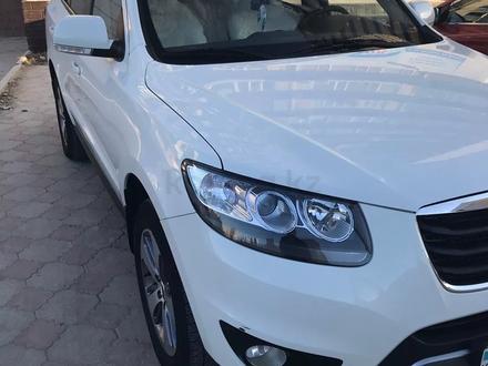 Hyundai Santa Fe 2011 года за 6 300 000 тг. в Актау – фото 6