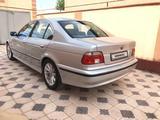 BMW 528 1999 года за 3 300 000 тг. в Шымкент – фото 2