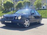 Mercedes-Benz E 430 1997 года за 3 700 000 тг. в Алматы