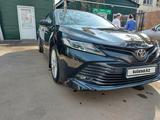 Toyota Camry 2018 года за 12 800 000 тг. в Семей – фото 4