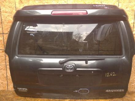 Дверь багажника со спойлером без стекла за 110 000 тг. в Алматы