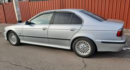 BMW 1998 года за 2 300 000 тг. в Алматы – фото 2