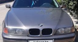 BMW 523 1996 года за 2 300 000 тг. в Тараз – фото 2