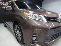 Toyota Sienna 2019 года за 19 500 000 тг. в Алматы