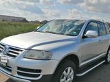 Volkswagen Touareg 2003 года за 3 800 000 тг. в Нур-Султан (Астана) – фото 3
