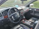 Volkswagen Touareg 2003 года за 3 800 000 тг. в Нур-Султан (Астана) – фото 5