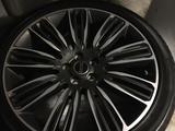 Новые диски с резиной на Range Rover за 1 300 000 тг. в Алматы