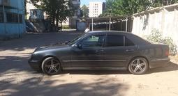 Mercedes-Benz E 320 2000 года за 2 700 000 тг. в Павлодар – фото 3