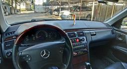 Mercedes-Benz E 320 2000 года за 2 700 000 тг. в Павлодар – фото 4