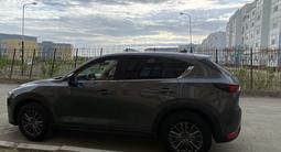 Mazda CX-5 2018 года за 11 000 000 тг. в Атырау