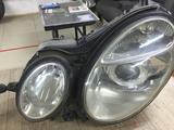 Фары mercedes w211 до рестайлинг ксенон за 100 000 тг. в Костанай – фото 3