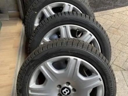 Резина с дисками на Bentley за 160 000 тг. в Алматы