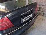 Mercedes-Benz S 220 1999 года за 2 600 000 тг. в Караганда – фото 4