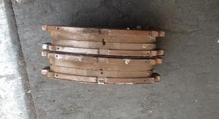 Тормозные колодки за 3 000 тг. в Алматы