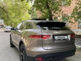 Jaguar F-Pace 2017 года за 19 500 000 тг. в Алматы – фото 2