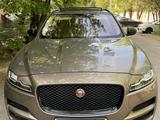 Jaguar F-Pace 2017 года за 19 500 000 тг. в Алматы – фото 3