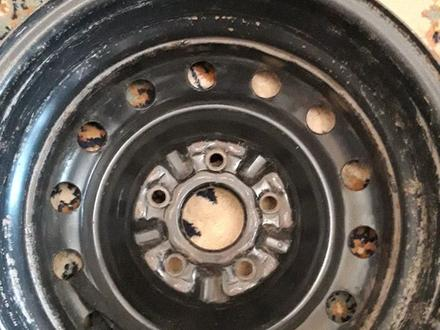 Железные диски на размер 15 тойоту за 20 000 тг. в Нур-Султан (Астана) – фото 3