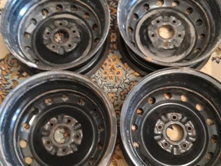 Железные диски на размер 15 тойоту за 20 000 тг. в Нур-Султан (Астана) – фото 4