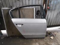 Дверь задняя правая VW Passat B6 за 60 000 тг. в Алматы