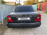Mercedes-Benz C 230 1997 года за 1 750 000 тг. в Алматы – фото 5