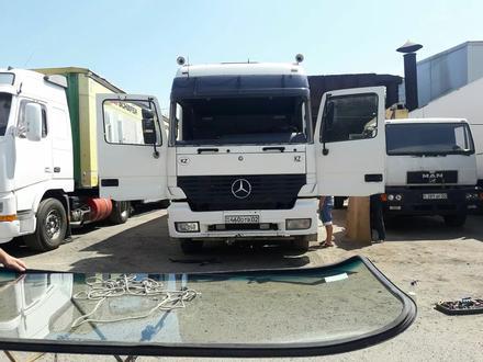Установка грузовых автостекал на выезд в Алматы – фото 2