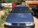 Volkswagen Passat 1994 года за 1 200 000 тг. в Уральск – фото 4