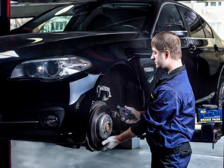 Профессиональная замена тормозных колодок в Алматы