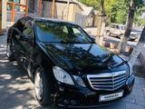 Mercedes-Benz E 200 2011 года за 6 100 000 тг. в Шымкент – фото 2