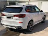 BMW X5 2019 года за 37 000 000 тг. в Алматы – фото 4