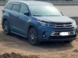 Toyota Highlander 2019 года за 24 000 000 тг. в Нур-Султан (Астана)