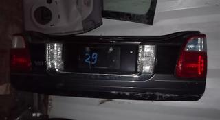 Крышка багажника нижняя часть за 130 000 тг. в Алматы