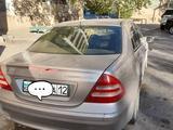 Mercedes-Benz C 200 2001 года за 1 900 000 тг. в Актау – фото 2
