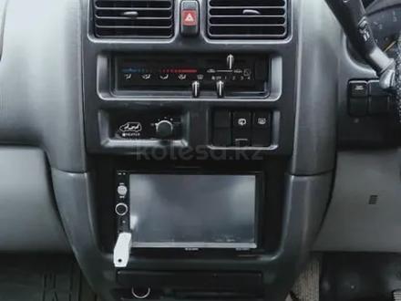 Mazda MPV 1995 года за 1 350 000 тг. в Алматы – фото 11