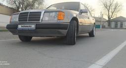 Mercedes-Benz E 220 1993 года за 2 400 000 тг. в Кызылорда