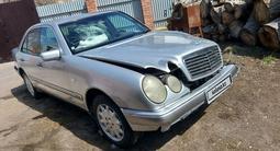 Mercedes-Benz E 240 1998 года за 1 600 000 тг. в Темиртау – фото 3