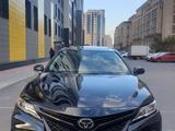 Toyota Camry 2019 года за 13 600 000 тг. в Нур-Султан (Астана)