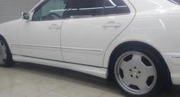 Mercedes-Benz E 320 2002 года за 5 300 000 тг. в Алматы – фото 2